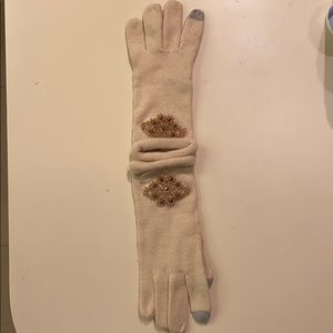 Gloves with rhinestone details- new